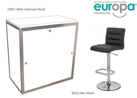 1m High lockable cupboard with shelf